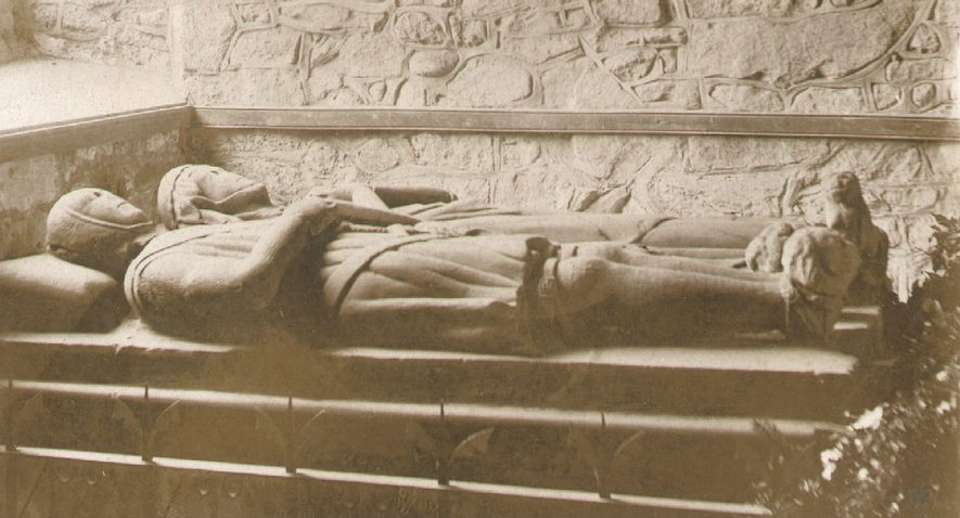 A tomb in Wolvey parish church.  c. 1940 |  IMAGE LOCATION: (Warwickshire County Record Office) IMAGE DATE: (c.1940)