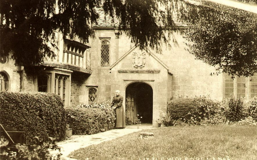 The Manor House, Little Wolford.  1910s    IMAGE LOCATION: (Warwickshire County Record Office)