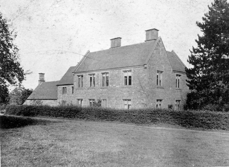 Tower Farm, Little Wolford.  1910s |  IMAGE LOCATION: (Warwickshire County Record Office)