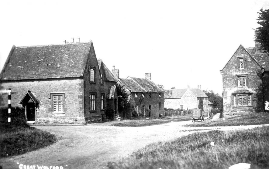 View of the village of Great Wolford.  1930s |  IMAGE LOCATION: (Warwickshire County Record Office)