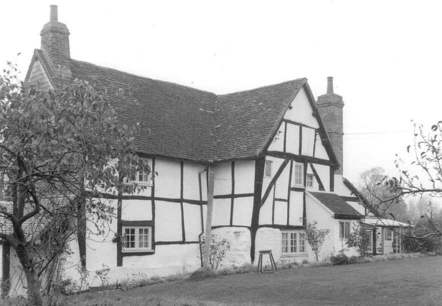 Meadow Cottage, Wixford.  1960 |  IMAGE LOCATION: (Warwickshire County Record Office)