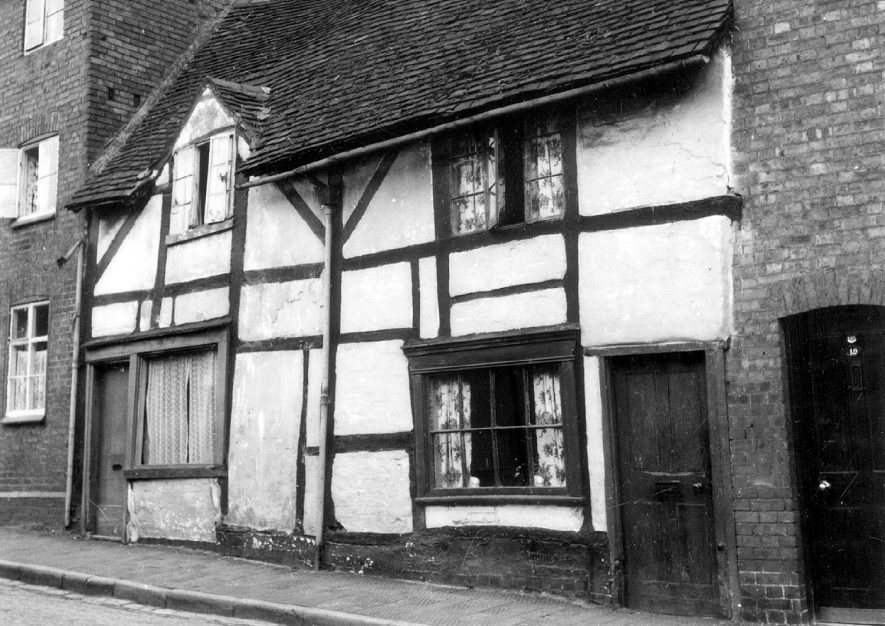 Timbered cottage in Friars Street, Warwick.  1950 |  IMAGE LOCATION: (Warwickshire County Record Office)