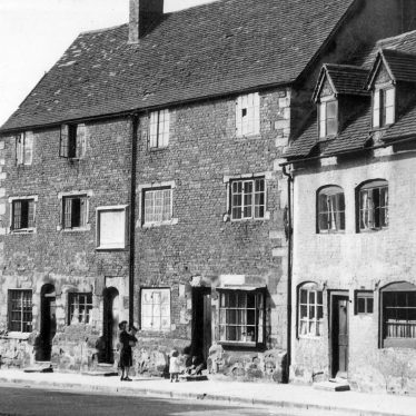 Warwick.  Brook Street, Puckering's Almshouses