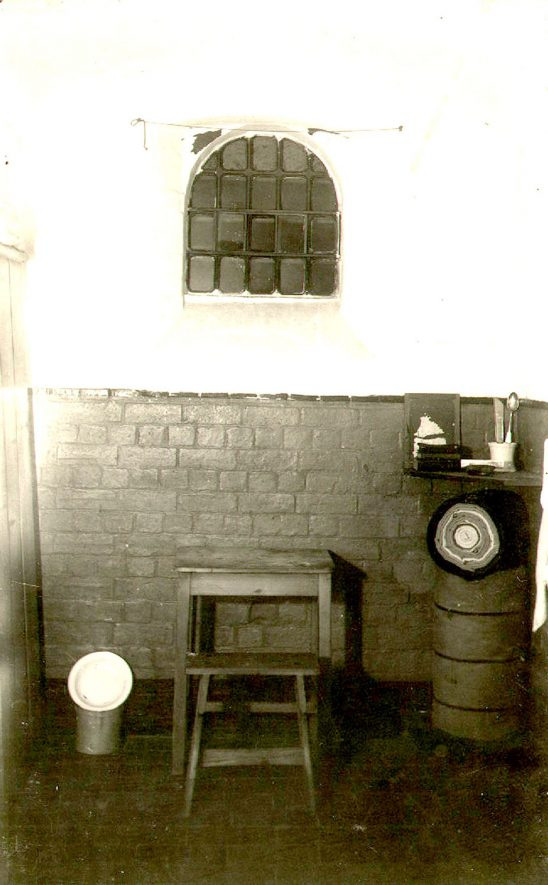 View of a cell at Warwick Prison, Cape Road.  1910 |  IMAGE LOCATION: (Warwickshire County Record Office)