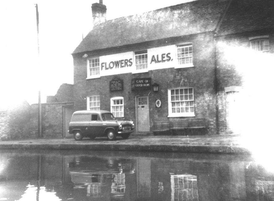 The Cape of Good Hope public house, Warwick.  1959    IMAGE LOCATION: (Warwickshire County Record Office)