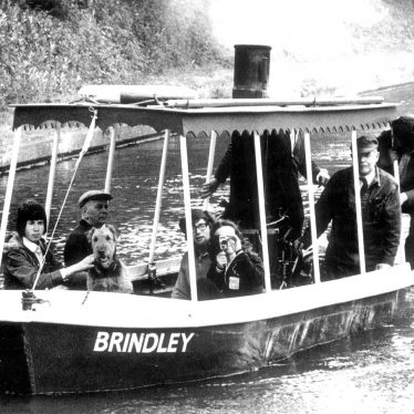 "Warwick.  ""The Brindley"", steamboat"