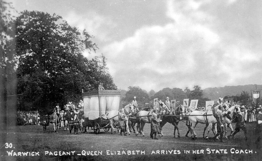 Warwick pageant 1906. Arrival of Queen Elizabeth in her state coach |  IMAGE LOCATION: (Warwickshire County Record Office)