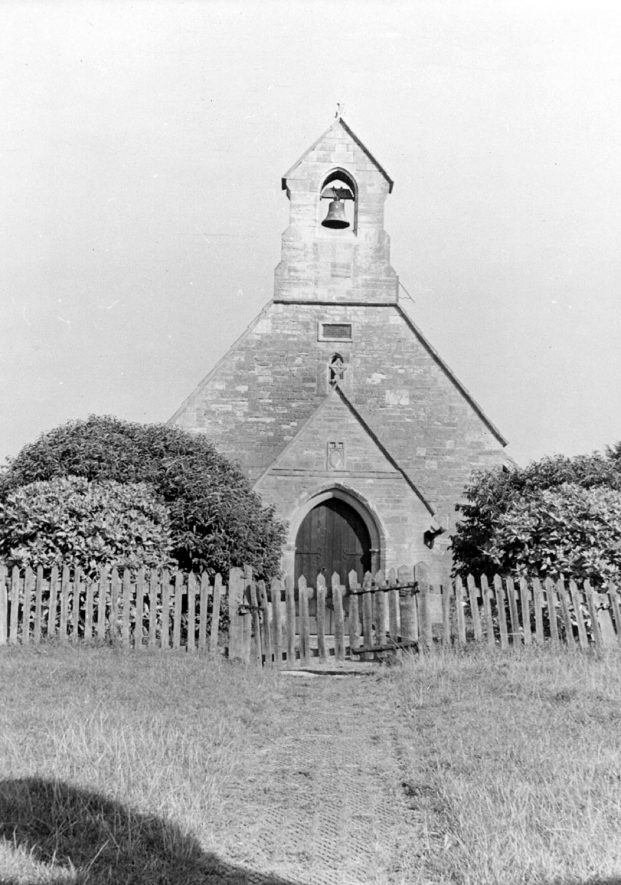 Old Church, Ullenhall.  1920s    IMAGE LOCATION: (Warwickshire County Record Office)