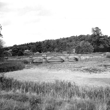 Walton Hall.  Bridge over the lake