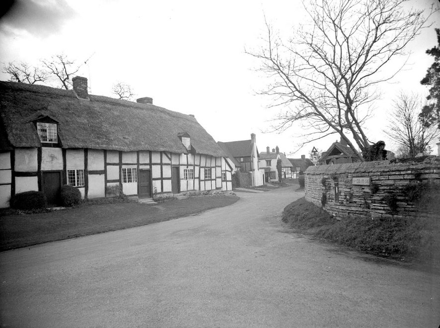 Welford on Avon. Church View Cottage |  IMAGE LOCATION: (Warwickshire County Record Office)