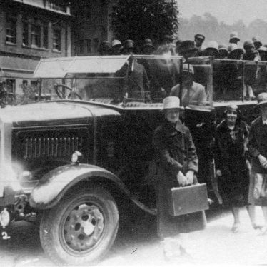 Fillongley.  Charabanc Outing
