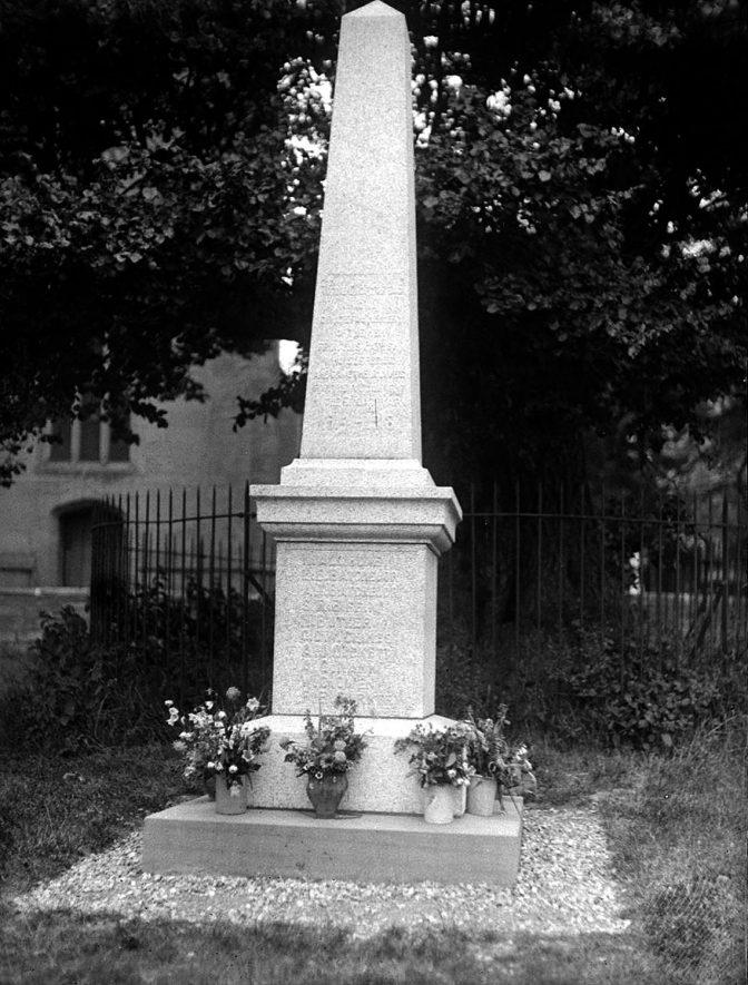 Whitnash. War memorial |  IMAGE LOCATION: (Warwickshire County Record Office)