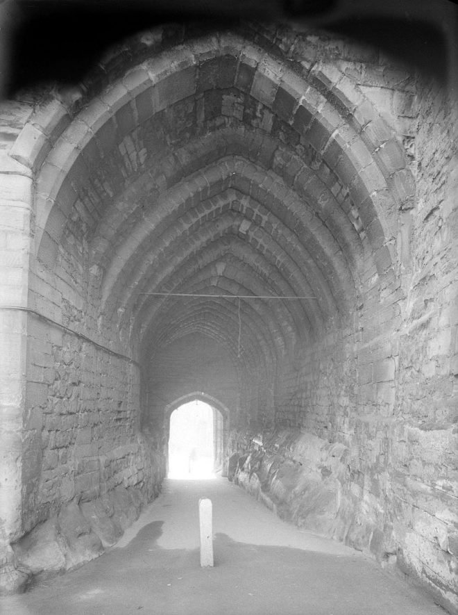 Warwick. West Gate under the arch. 1951.    IMAGE LOCATION: (Warwickshire County Record Office)
