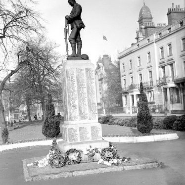 Leamington Spa.  War Memorial
