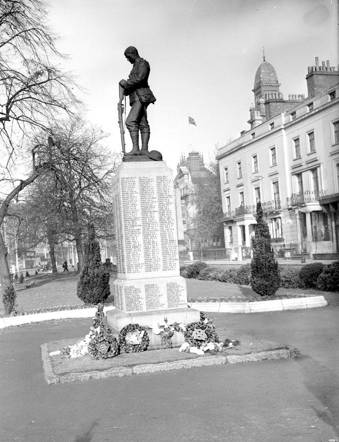 Leamington Spa War memorial in Euston Place |  IMAGE LOCATION: (Warwickshire County Record Office)
