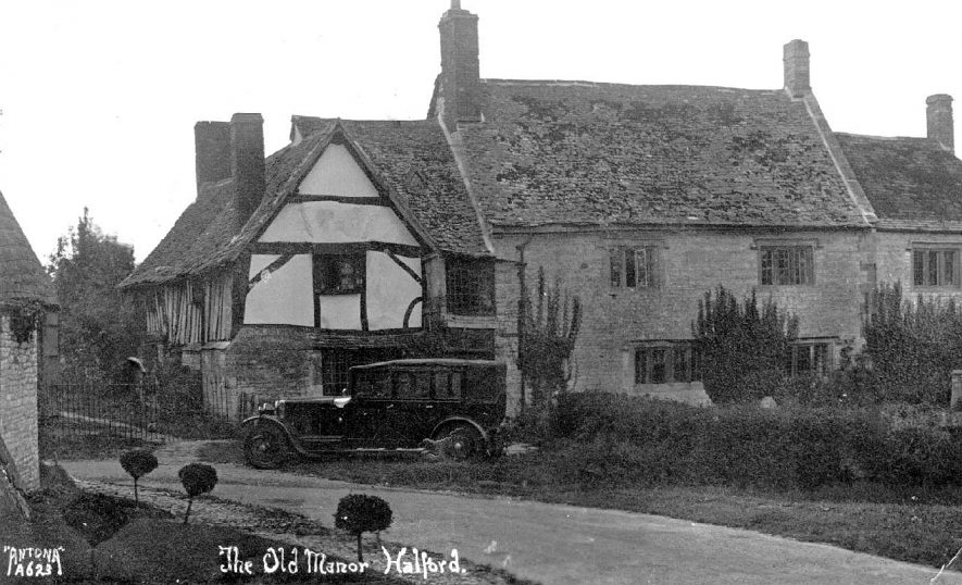 Old Manor House, Halford.  1941 |  IMAGE LOCATION: (Warwickshire County Record Office)