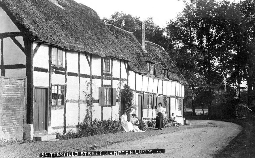 Snitterfield Street, Hampton Lucy.  1900s |  IMAGE LOCATION: (Warwickshire County Record Office)