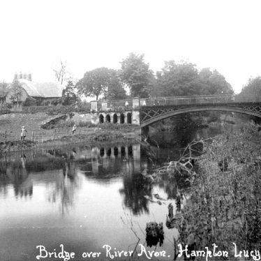Hampton Lucy.  River Avon