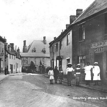 Southam.  Daventry Street