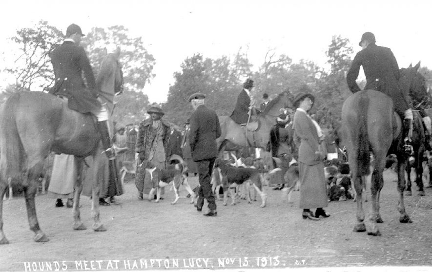 Hampton Lucy, a hunt meet.  1900s |  IMAGE LOCATION: (Warwickshire County Record Office)