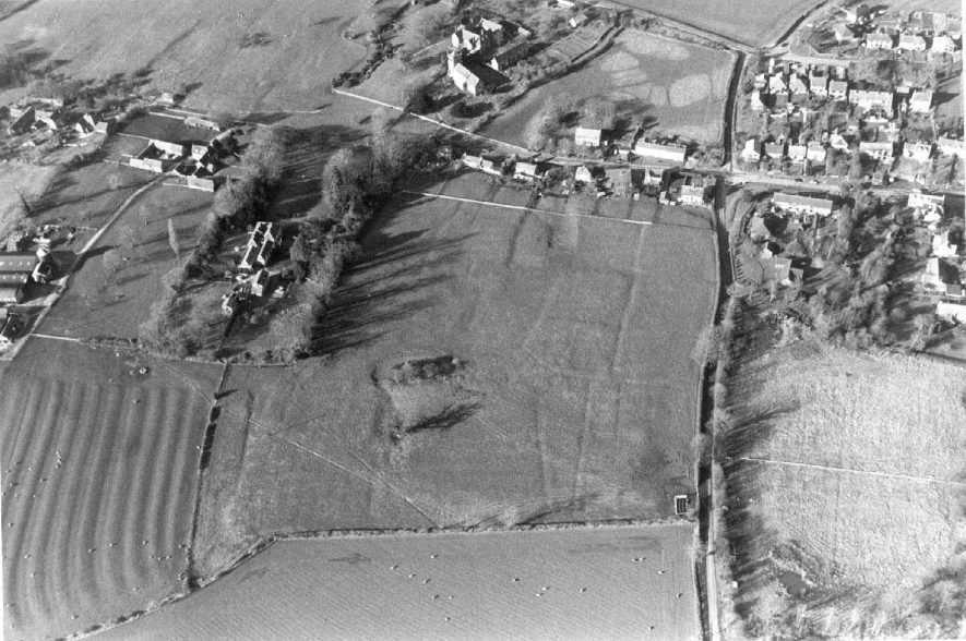 Village earthworks in grassland.  1995 |  IMAGE LOCATION: (Warwickshire Museum Sites and Monuments Record)