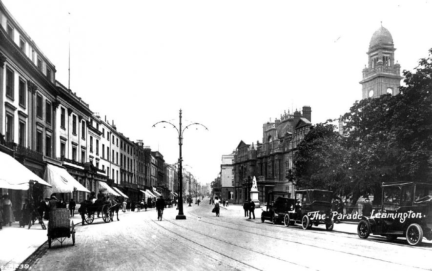 The Parade, Leamington Spa, the Town Hall on the right of the photograph.  1900s |  IMAGE LOCATION: (Warwickshire County Record Office)