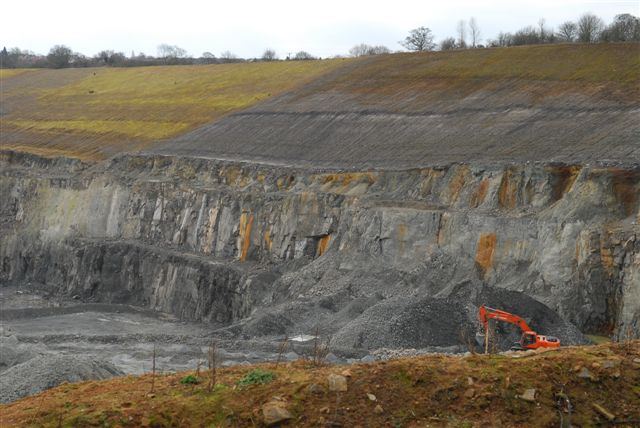Griff No.4 Quarry, near Bedworth, c. 2005. | Image courtesy of Jon Radley