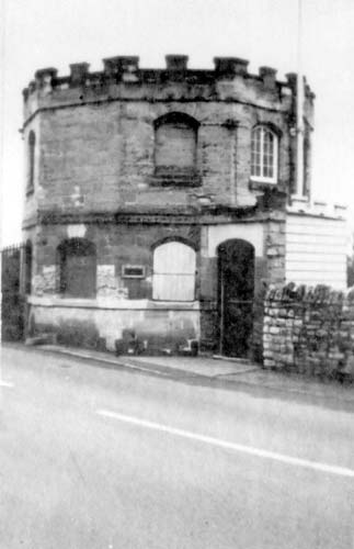 Tower Toll House, which stands to the west side of Clopton Bridge, Stratford upon Avon | Warwickshire County Council