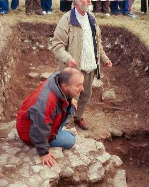 TimeTeam excavations at Beaudesert Castle in 2001   Warwickshire County Council
