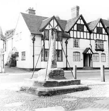 A market cross in Henley in Arden | Warwickshire County Council