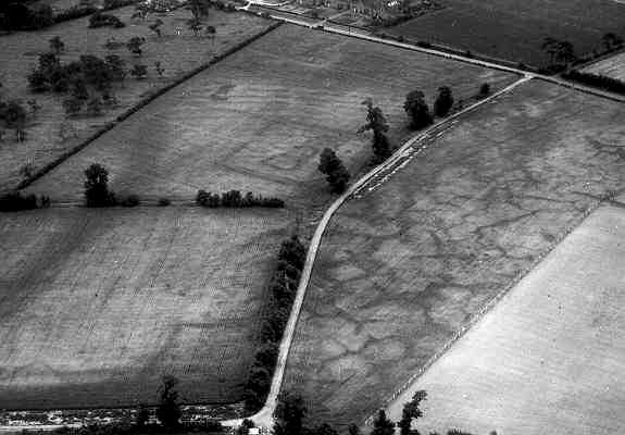 A possible settlement site visible as a cropmark to the north west of Salford Priors | WA Baker