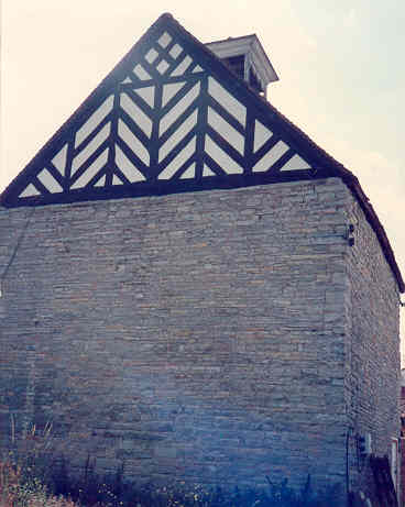 A dovecote at Wootton Hall, Wootton Wawen | Warwickshire County Council