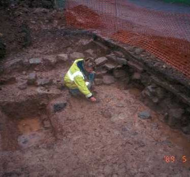 The excavation of a Medieval moat near Exhall | Warwickshire County Council