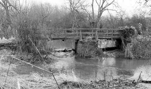 Remains of a Packhorse Bridge, Butlers Marston   Warwickshire County Council