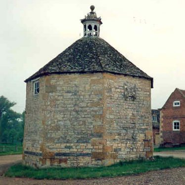 Honington Hall Pigeoncote