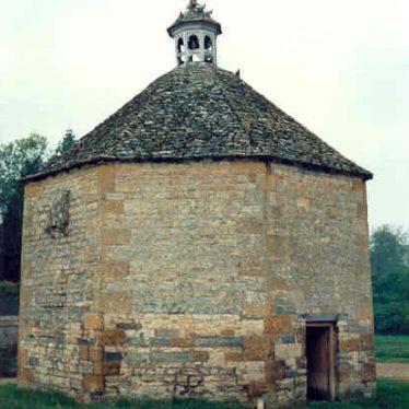 Dovecote at Honington Hall | Warwickshire County Council