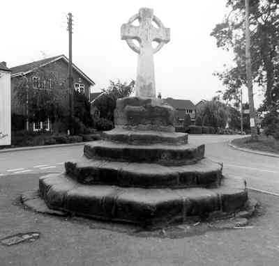 Wayside Cross in Austrey, North Warwickshire | Warwickshire County Council