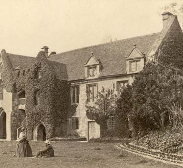 A view of the gatehouse to Stoneleigh Abbey | Warwickshire County Council
