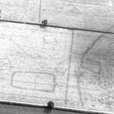 Enclosures, trackways and a pit alignment visible as cropmarks at Long Lawford | Warwickshire County Council