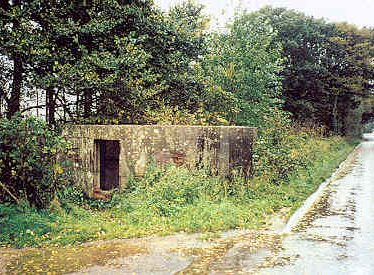 Pillbox, Lawford Heath Lane