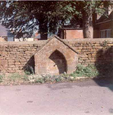 A drinking fountain at Middle Tysoe | Warwickshire County Council