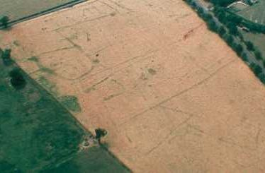 Cropmarks marking the site of a possible settlement, Dunchurch | Warwickshire County Council