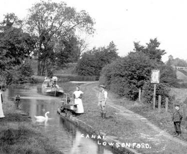 The Stratford-upon-Avon Canal