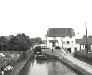 Folly Wharf, off Folly Lane, Napton