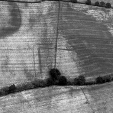 Crop Mark Enclosure 400m E of Beauchamp Court, Coughton.