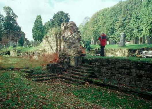 The remains of the cloisters at Kenilworth Abbey | Warwickshire County Council