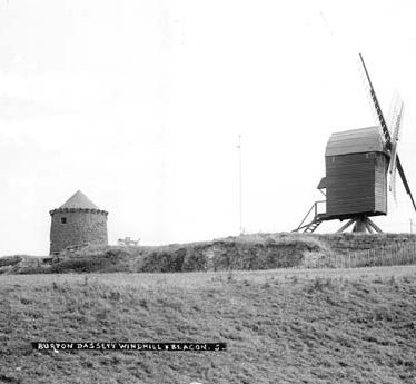 A view of the windmill and beacon on Windmill Hill, Burton Dassett | Warwickshire County Council