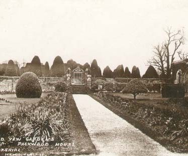 Packwood House Formal Gardens