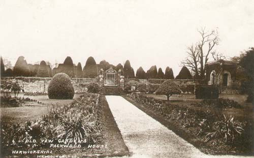 A view of the gardens at Packwood House, Lapworth | Warwickshire County Council
