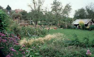 Hill Close Pleasure Gardens, Linen Street, Warwick | Warwickshire County Council